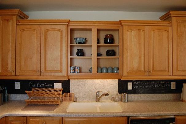 Beach Style Kitchen by Dana Nichols