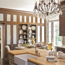 Traditional Kitchen by Dayna Katlin Interiors