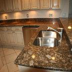 Canton Kitchen - Traditional - Kitchen - Detroit - by Michigan Kitchen Cabinets