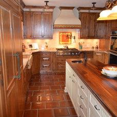 Mediterranean Kitchen by depotgranite