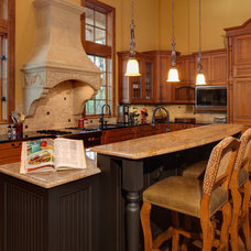 Traditional Kitchen by ACM Design