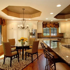 traditional kitchen by DF Design Inc