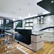 Modern Kitchen by Kim Duffin for Sublime Architectural Interiors