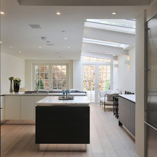 Contemporary Kitchen by Chantel Elshout Design Consultancy