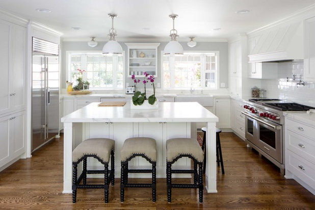 Traditional Kitchen by Sub-Zero and Wolf Appliances by Riggs