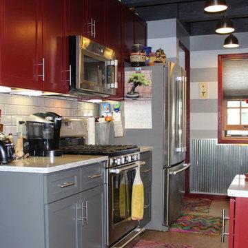 Kitchen Design: Dura Supreme Cabinetry, Viatera Rococo Quartz Counter