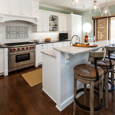 Beach Style Kitchen by Lawrence Mayer Wilson Interiors