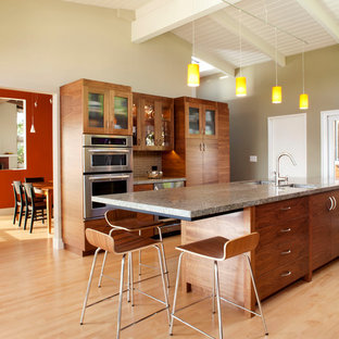Trendy kitchen photo in San Francisco with subway tile backsplash and granite countertops