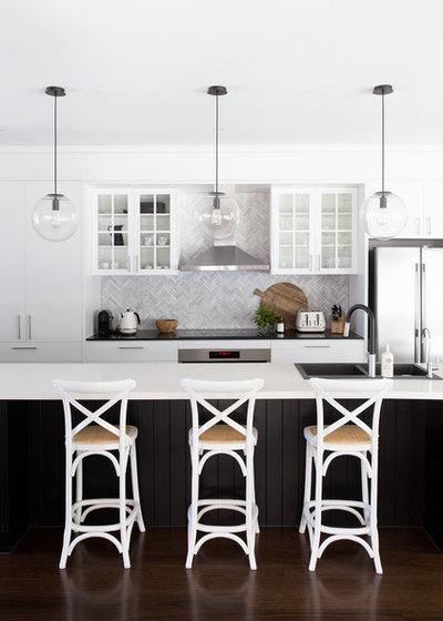Contemporary Kitchen by Donna Guyler Design