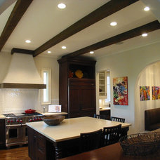 Mediterranean Kitchen by Dresser Homes