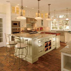 Tropical Kitchen by East End Country Kitchens