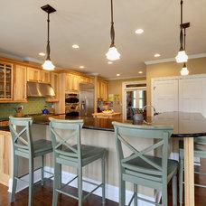 Kitchen by Echelon Custom Homes