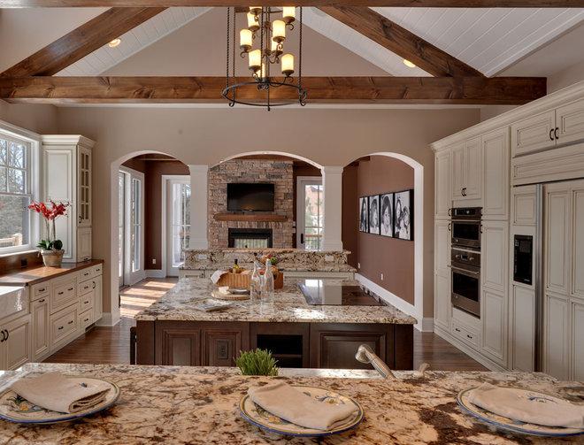 Traditional Kitchen by Echelon Custom Homes