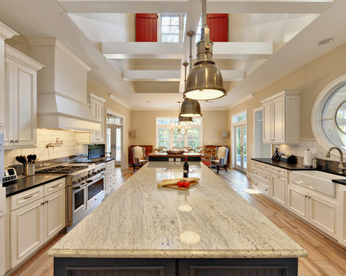 Coastal Eat In Kitchen Photo Philadelphia With Stainless Steel Appliances Subway Tile Backsplash