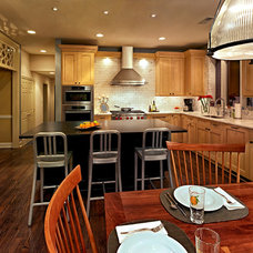 Traditional Kitchen by EDW BUILDERS