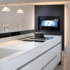 Kitchen by Elad Gonen
