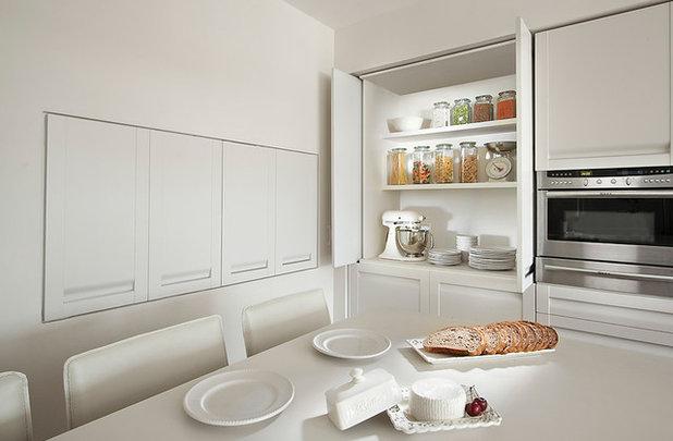 Armarios de cocina: 8 puertas para maximizar el espacio