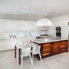 Kitchen by Elad Gonen