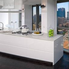 Modern Kitchen by Elad Gonen