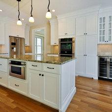 Kitchen by Elite Home Builders LLC