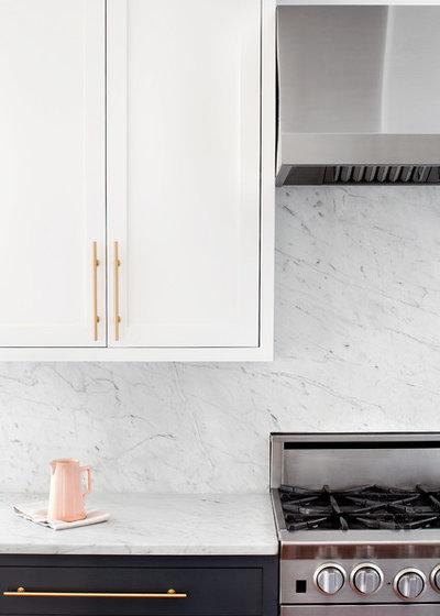 Kitchen by Elizabeth Lawson Design