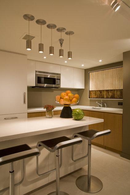 Contemporary Kitchen by Studio Santalla, Inc