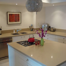 Modern Kitchen by Kitchen Essence - Sydney Australia