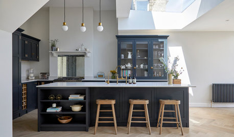 7 Symmetrical Styling Tips to Try at Home