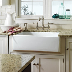 traditional kitchen Kitchen Farm Sink