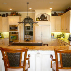 Traditional Kitchen by First Choice Interiors, LLC