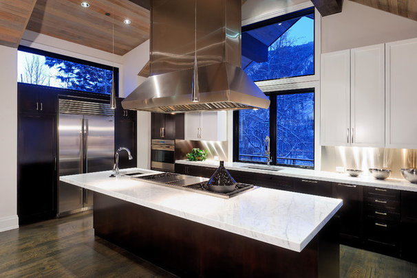 Rustic Kitchen by Forum Phi - Architecture | Interiors | Planning