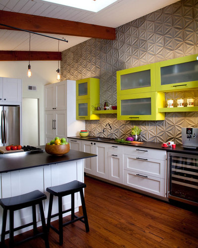 Contemporary Kitchen by gail owens photography