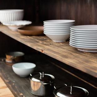 Offene, Einzeilige, Mittelgroße Küche mit Kupfer-Arbeitsplatte und Kücheninsel in Sussex