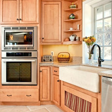 Traditional Kitchen by Morey Remodeling Group