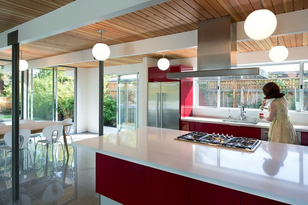 Midcentury Kitchen by modern house architects