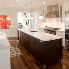 Modern Kitchen by H&H Design