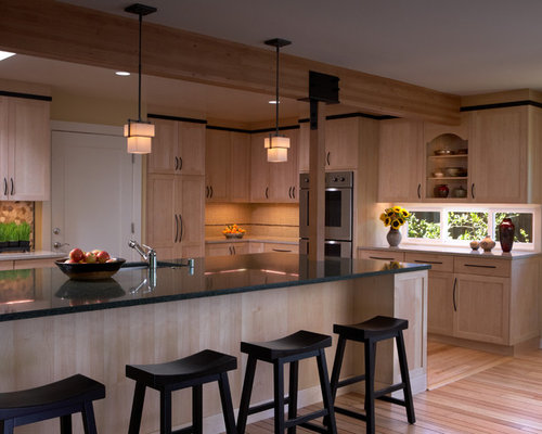 Natural maple cabinets houzz for Kitchen cabinets 700mm