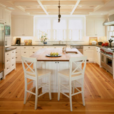 Traditional Kitchen by Hart Associates Architects, Inc.
