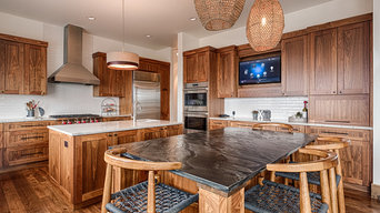 Kitchen HDTV, Music and Automated Lighting
