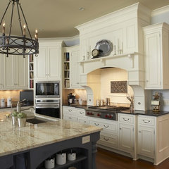 traditional kitchen by Hendel Homes