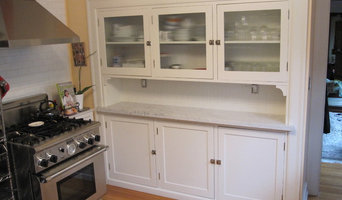 Kitchen Hutch with Reeded Glass Doors