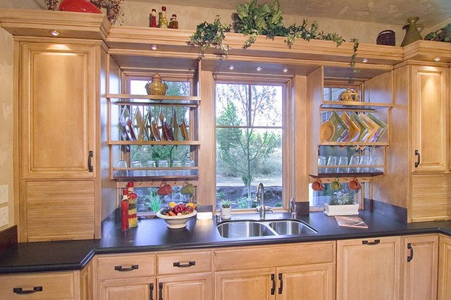 Eclectic Kitchen by Suzanne Marie's Interiors, Suzanne Denning