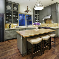 traditional kitchen by Soledad Builders, LLC