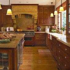 Mediterranean Kitchen by Alexandra Luhrs Interior Design