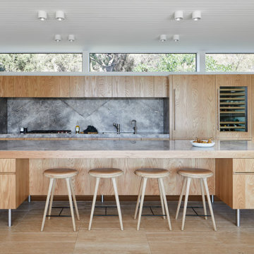 Kitchen in Sorrento with high mid century windows