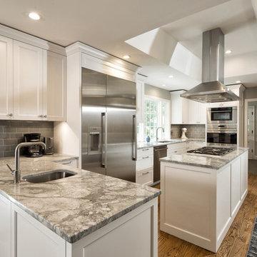 Kitchen in Super White Granite