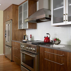 modern kitchen by Indicia Interior Design