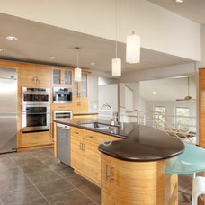 Contemporary Kitchen by DreamBuilders Home Remodeling