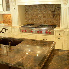 Traditional Kitchen by BeckerWorks