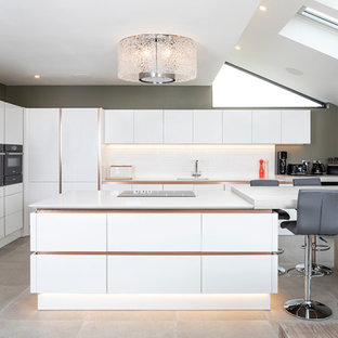 Photo of a contemporary kitchen in Glasgow.